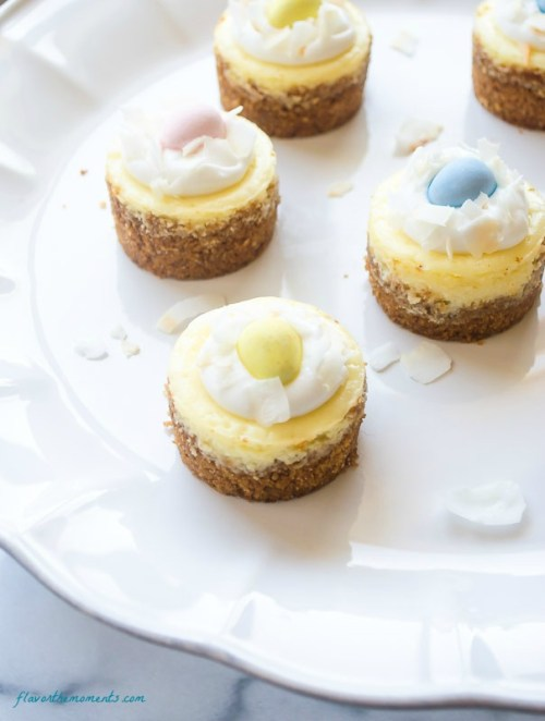 mini-coconut-cream-cheesecakes4 | flavorthemoments.com