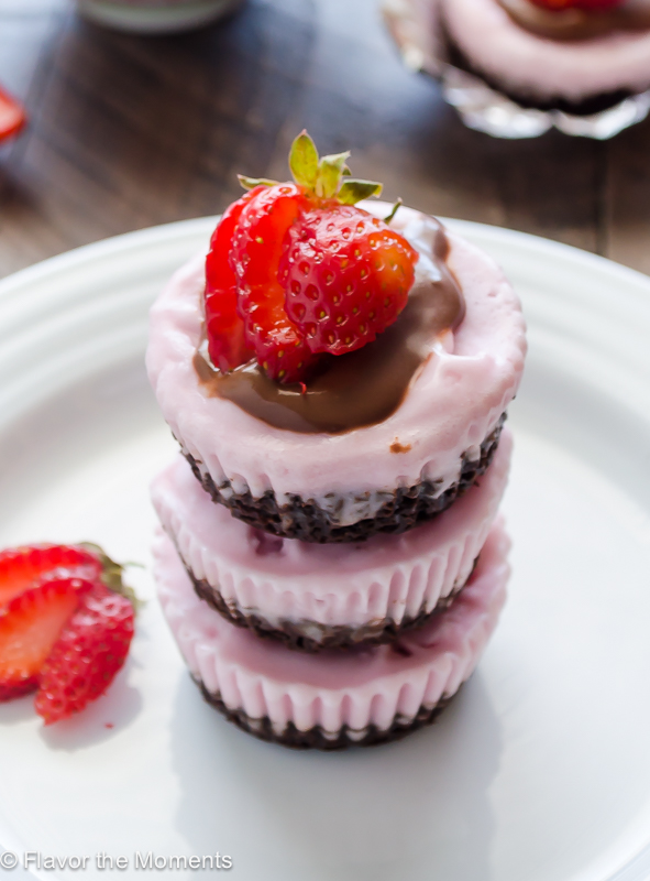 Frozen Strawberry Brownie Bottom Cupcakes are brownies topped with strawberry frozen dessert and an easy coconut milk chocolate ganache. This is a delicious, fun dessert that's vegan and dairy free! @FlavortheMoment