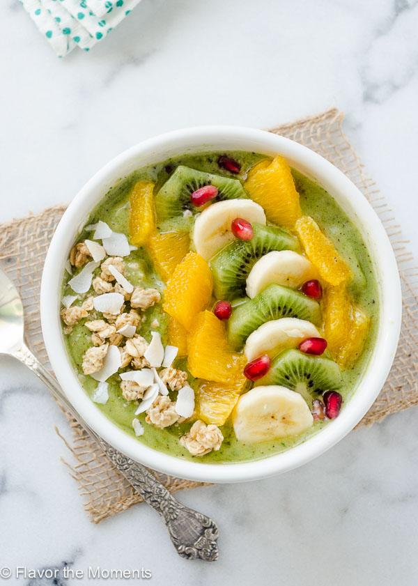 green-coconut-kiwi-banana-smoothie-bowl-flavorthemoments.com