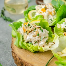 Lemon Tarragon Chicken Salad Lettuce Wraps are low fat, low carb, and made with no mayo! They're perfect for summer entertaining! @FlavortheMoment