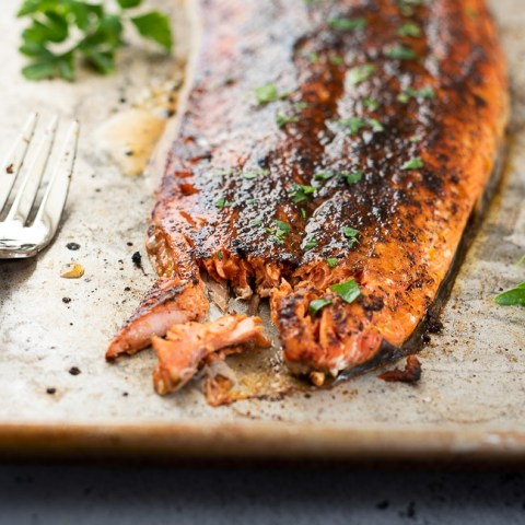 Broiled Salmon with Sweet and Spicy Rub