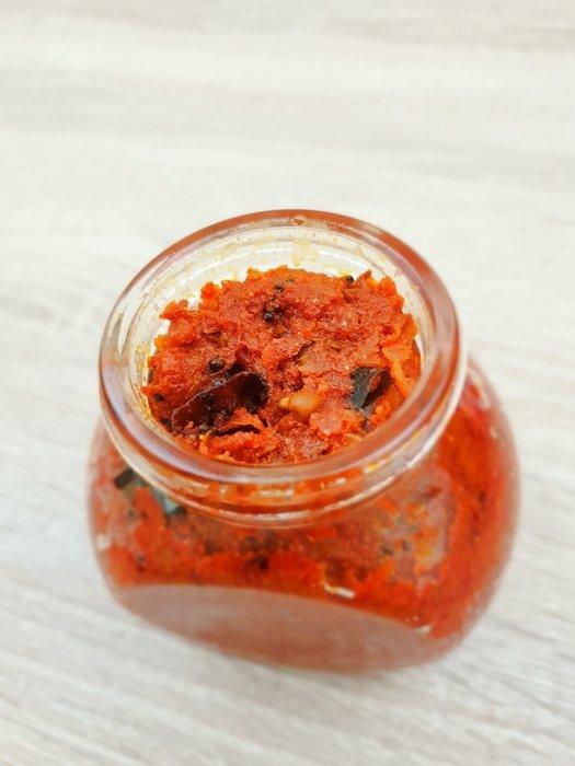 mango chutney in a glass jar