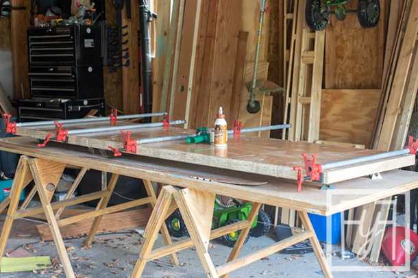 clamping Desk from a Door