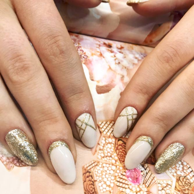 21 Amazing Ideas With Gold Glitter For Luxe Nails – FlawlessEnd