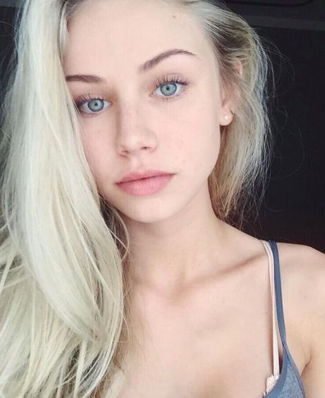 Hi!! I'm Jasey. I'm 19 and I'm Luke's little sister. I have water powers. Intro?