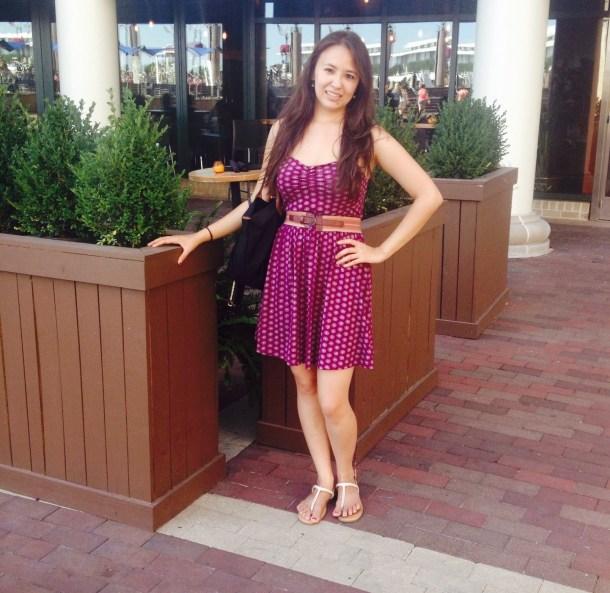 Photo of Alyssa, health blogger, at Flaxseeds & Fairytales