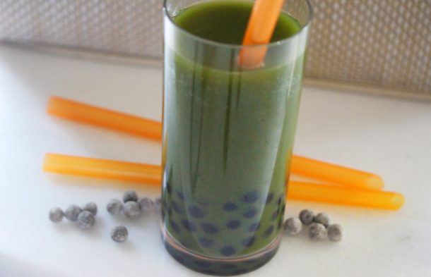 Green Juice Bubble Tea recipe shows you how to use green juice to make a healthy bubble tea recipe