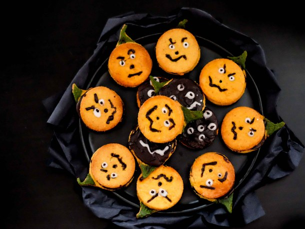 Low carb keto Halloween cookies