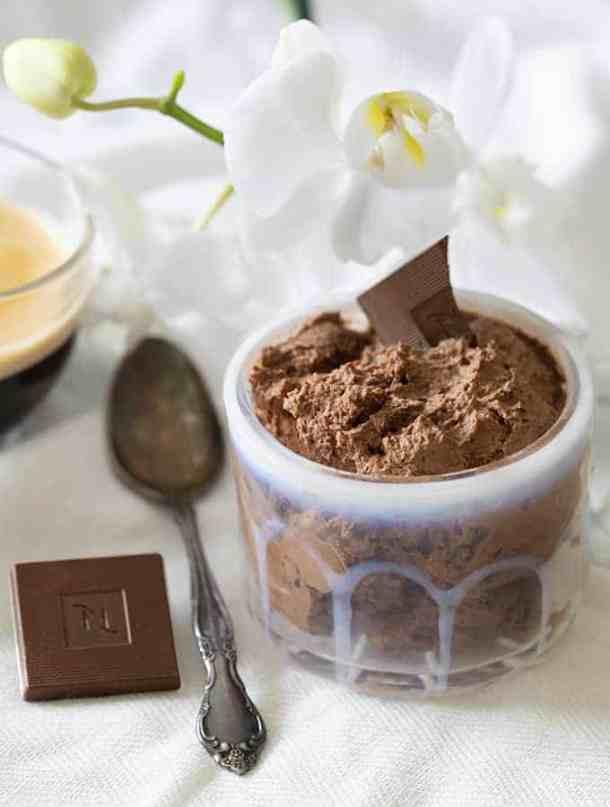 Easy keto chocolate recipe for beginners