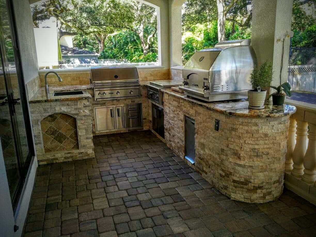Creative Outdoor Kitchens of Florida Outdoor Kitchen with