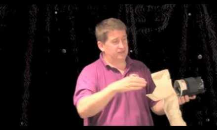 Puppetry For Beginners – Part 3: Staging (Bird Arm Illusion)