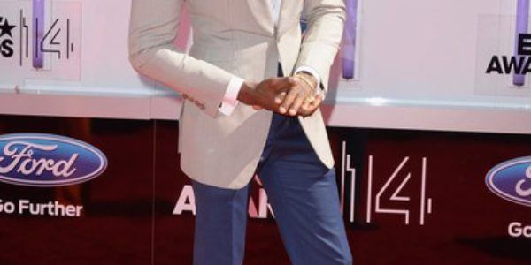 Diamond Platnumz is the Master of Formal Wear