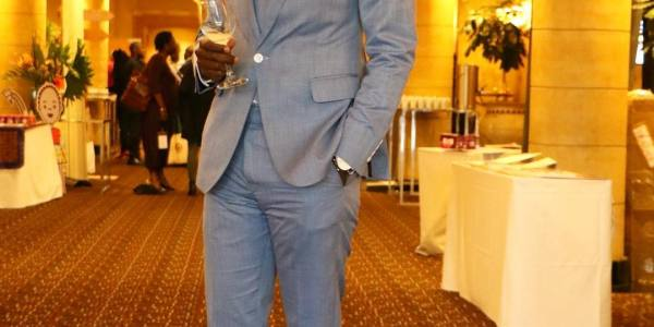 20 Stylish Photos of King Kaka Wearing Suits and How you Can Copy Him