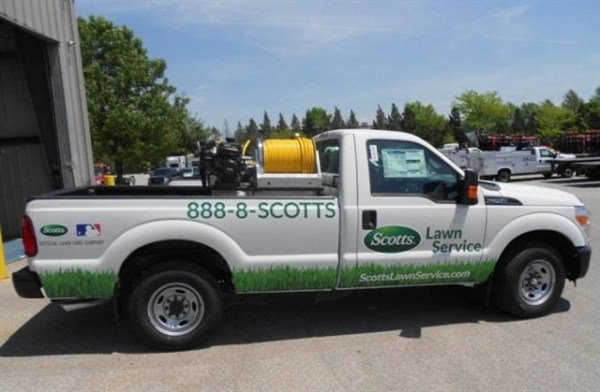 reading sets lawn care truck