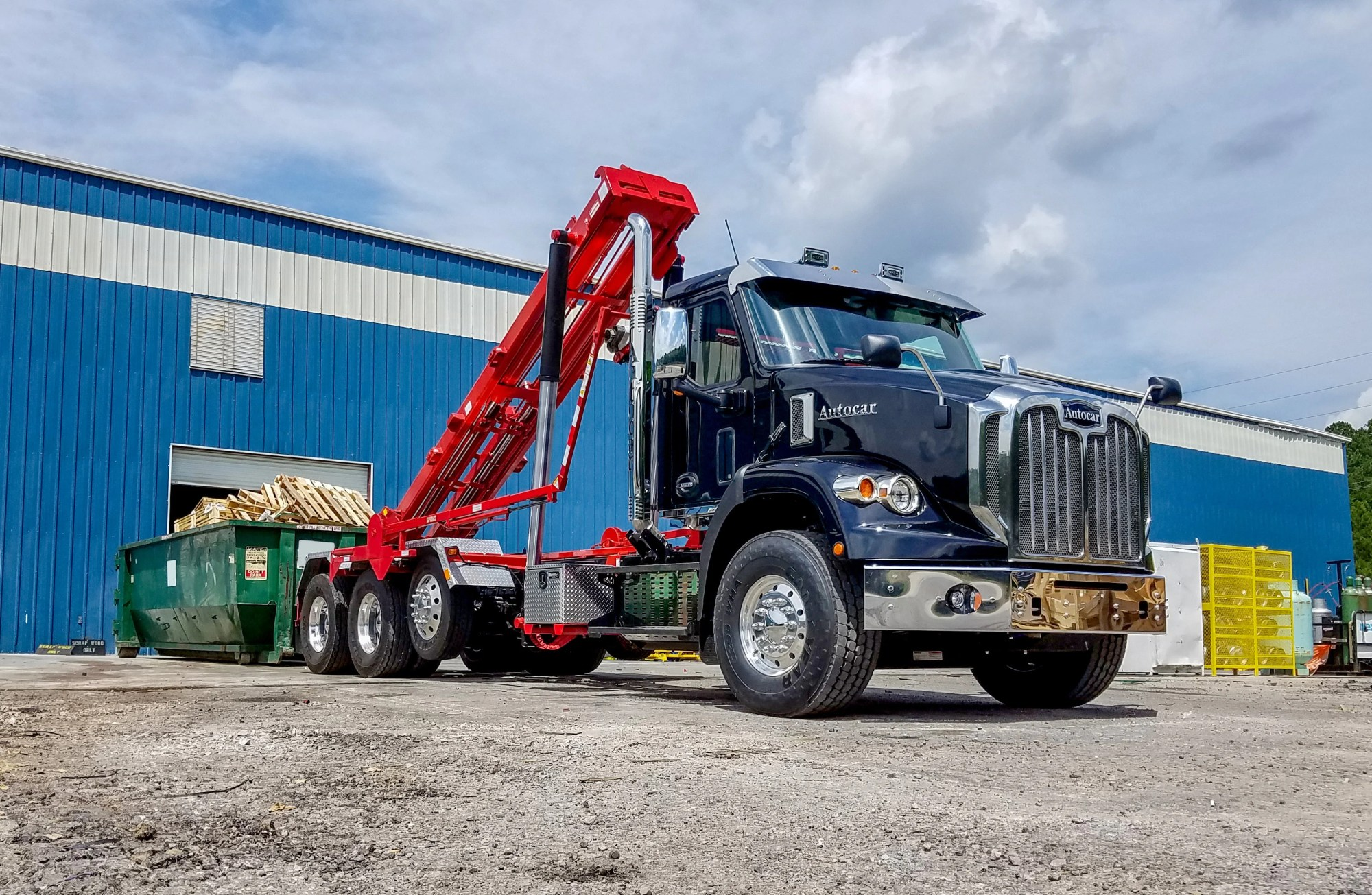 hight resolution of autocar s new conventional truck to get bodies on assembly line