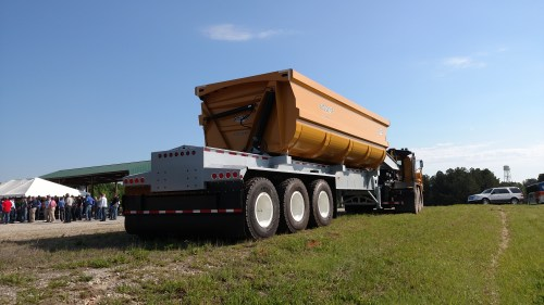 small resolution of smithco s side dumper is strictly for off road running trailer talk trucking info