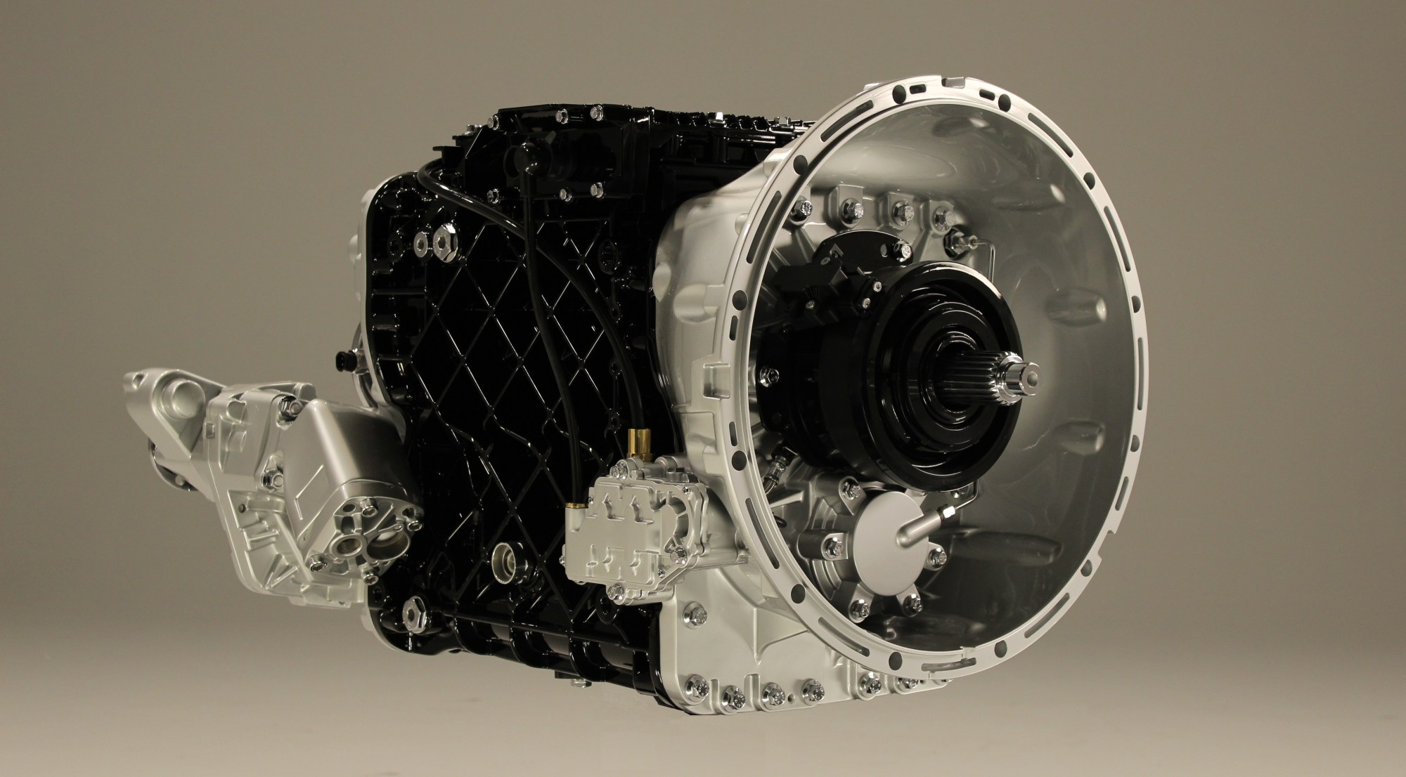 hight resolution of mack s 12 speed mdrive hd transmission beefed up for vocational applications products trucking info