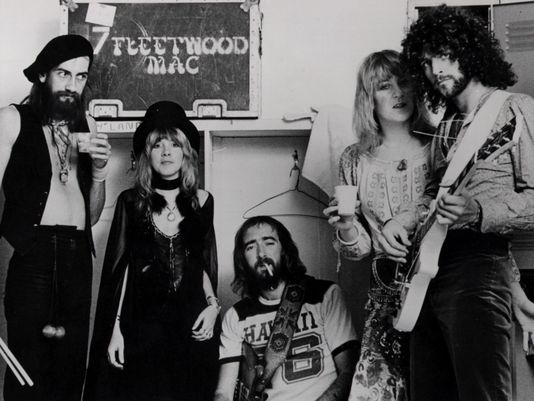 1395878338000-FLEETWOOD-MAC-BW-610695