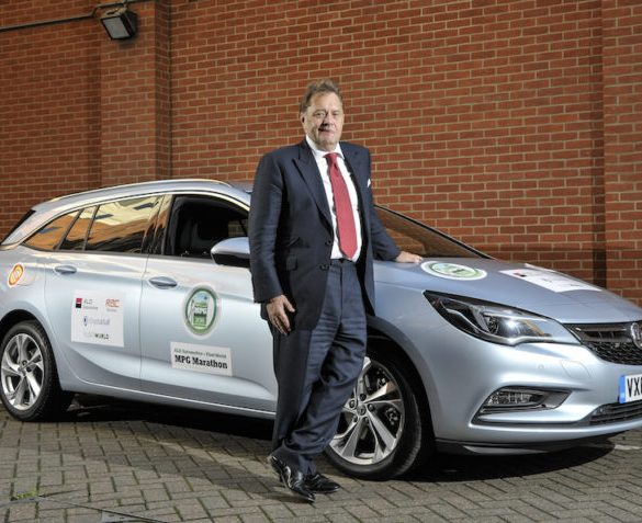 MPG Marathon gives Transport Minister an eco-driving lesson