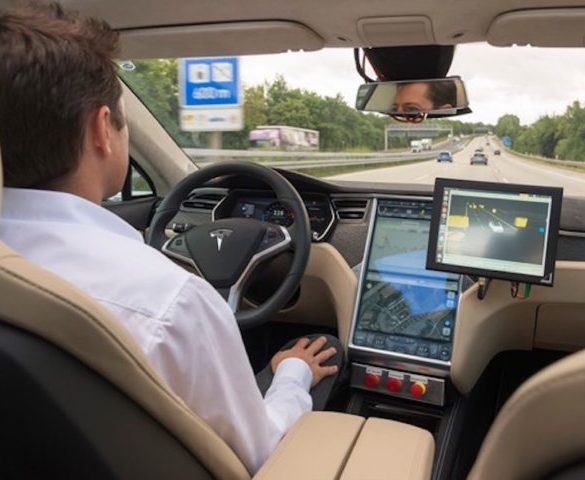 Lords to question ministers on implementation of driverless vehicles