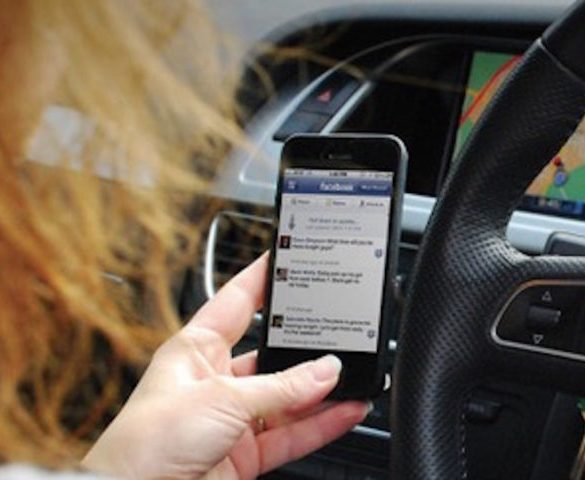 'Community spotters' scheme could drive down mobile phone use at the wheel