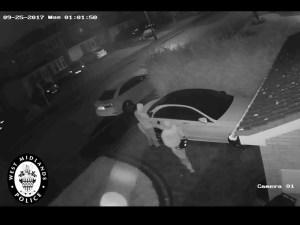 Mercedes-Benz C-Class theft using radio device