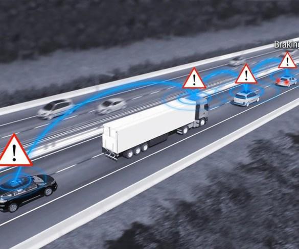 Renault prepares 1,000 connected-Méganes for fleet customers