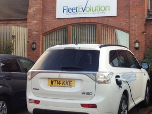 Fleet Evolution is offering a free workplace charger to all new customers.