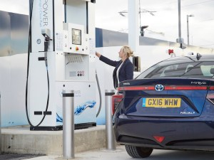 Allstar's fuel cards are now accepted at ITM's national network of hydrogen refuelling stations.