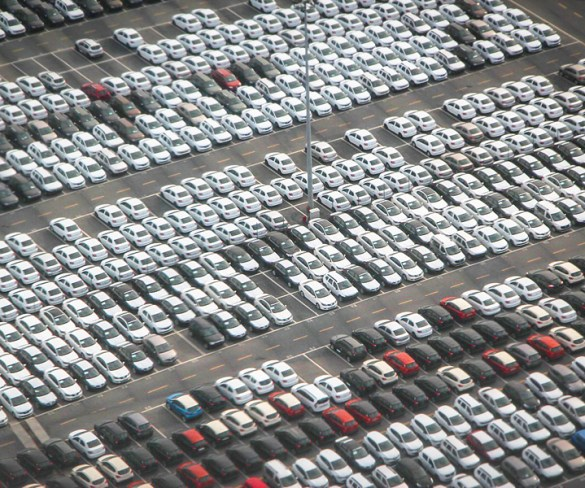 New car registrations fall in 2017 as CO2 rises