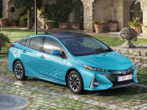 Toyota was Europe's cleanest car manufacturer for 2017 amongst the top 20 best-selling brands, with its emissions average decreasing by 2.7g/km to 101.2g/km