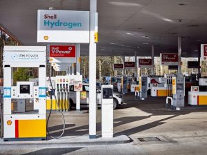 The Shell Beaconsfield site on the M40 is said to be the first to offer to hydrogen and petrol/diesel under the same canopy.