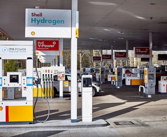 Shell hydrogen refuelling station opens on M40