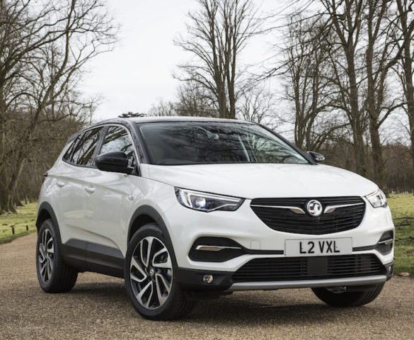 Vauxhall gives Ultimate treatment to Grandland X and Astra hatch