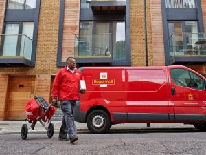 National Windscreens has won a sole supplier contract from Royal Mail for its 49,000-strong vehicle fleet