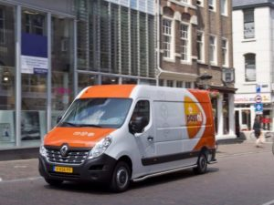 The fleet of 17 Master Z.E. models will help PostNL to realise CO2-free deliveries in 25 inner cities by 2025