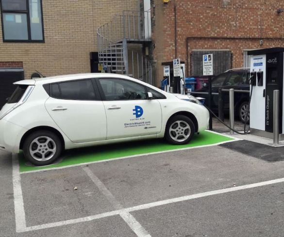 Cambridge pushes ahead with charge point installation