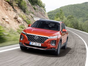The Hyundai Santa Fe will initially be available with petrol, diesel and mild hybrid powertrains