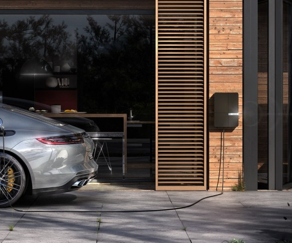Andersen launches business-focused charging point