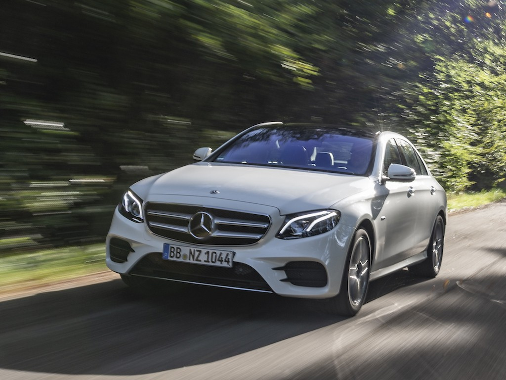 hight resolution of the new e 300 de saloon and estate are available to order