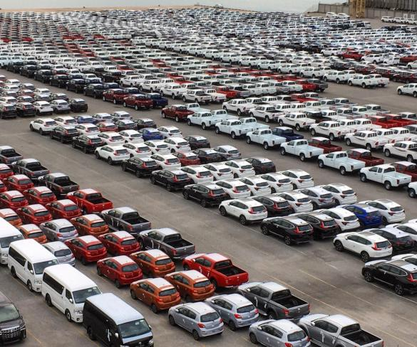 EU car registrations record fifth year of growth