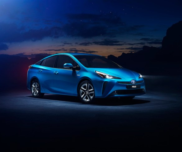 Hybrids remain 'real disruptor' to new car market