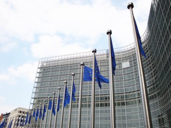 The European Commission has now been ordered to reverse the decision to allow conformity factors allowing vehicles to emit more NOx than officially mandatory