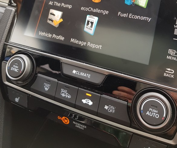Fleet World Fleet: Honda Civic 1.6 i-DTEC EX Manual hatchback
