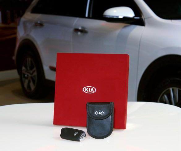 Faraday case to protect Kia models from keyless theft