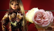 ellowyne-doll-about-town1