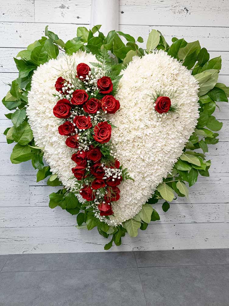 Coeur brisé blanc et rouge - Fleuriste Coin Vert | Montréal