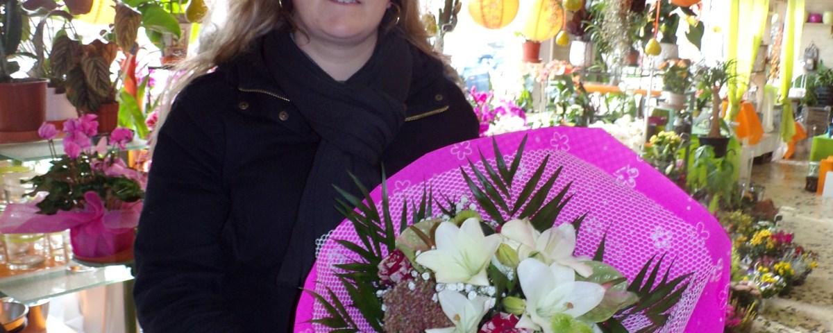 Catherine CAMET, gagnante du jeu Youpi Fleurs, tirage spécial rentrée du 14 septembre 2016