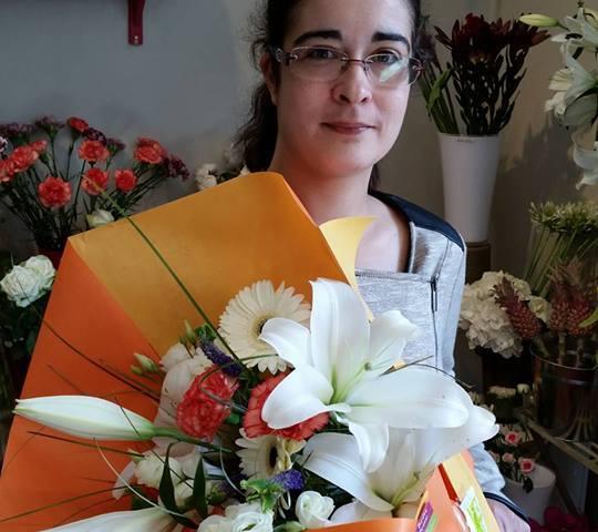 """Corinne, gagnante du tirage Youpi Fleurs, du 15/06/2016, bouquet réalisé par Claire et Lise, Fleuristes pour """"Au Brin D'Fleur"""""""