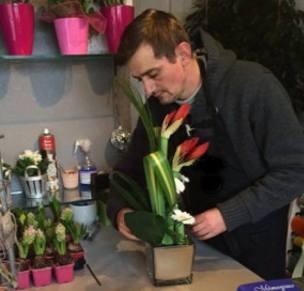"""Votre Artisan Fleuriste à Armentières (59280), Jean-François pour """"Les fleurs d'Armentières"""""""